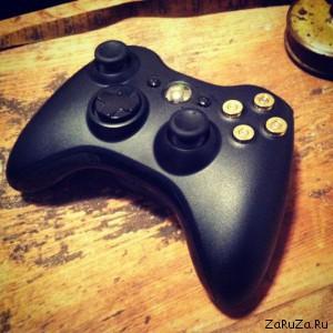 xbox controller for hardcore shooter fans 640 01 300x300 Парочка брутальных контроллеров для xBox 360